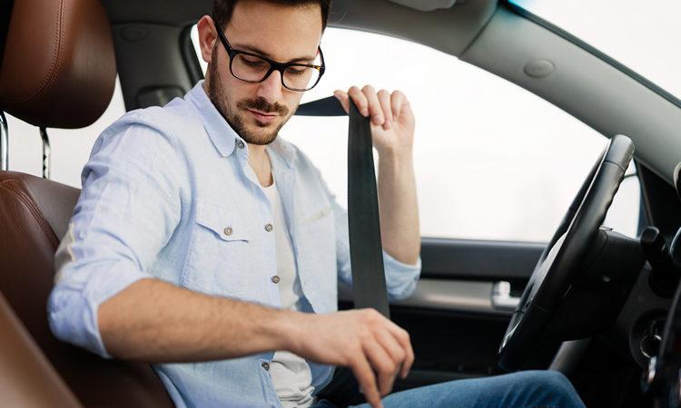 Ami Guidare? Regalati un Corso di Guida Sicura